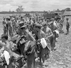 Liberated POWs at Pegu © IWM